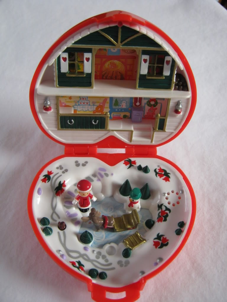 Christmas Polly Pocket