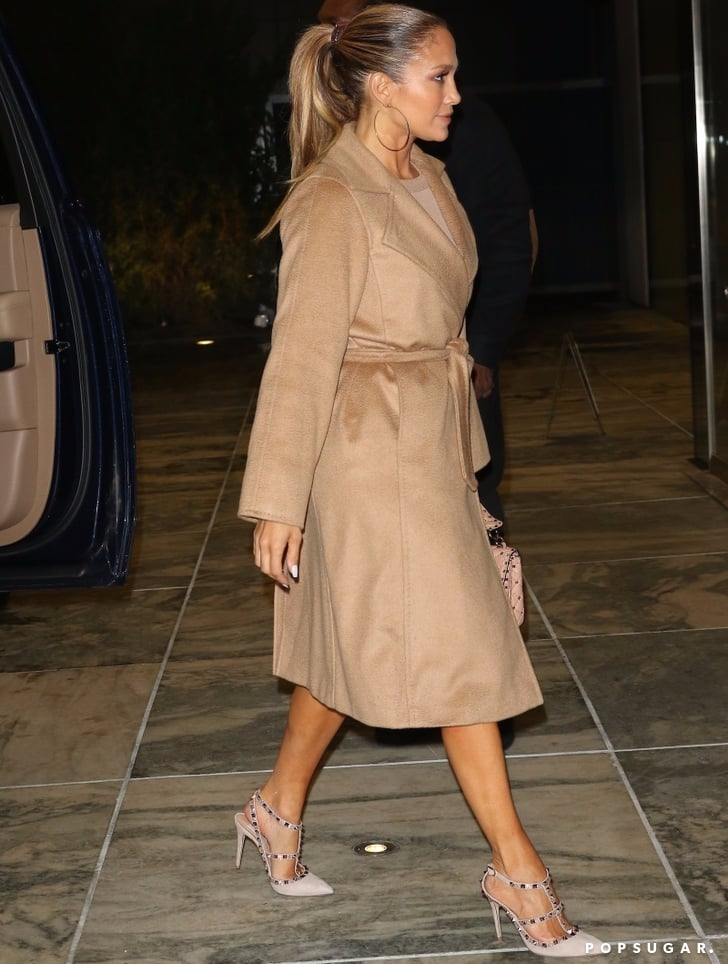 perfect quality biggest discount new photos Jennifer Lopez's Valentino Rockstud Heels and Trench Coat ...