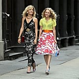 Lindsey Gort and AnnaSophia Robb filmed scenes for The Carrie Diaries in NYC on Thursday.