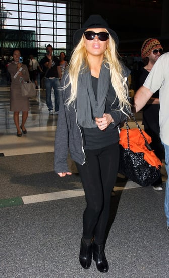 Lindsay and her sister at LAX