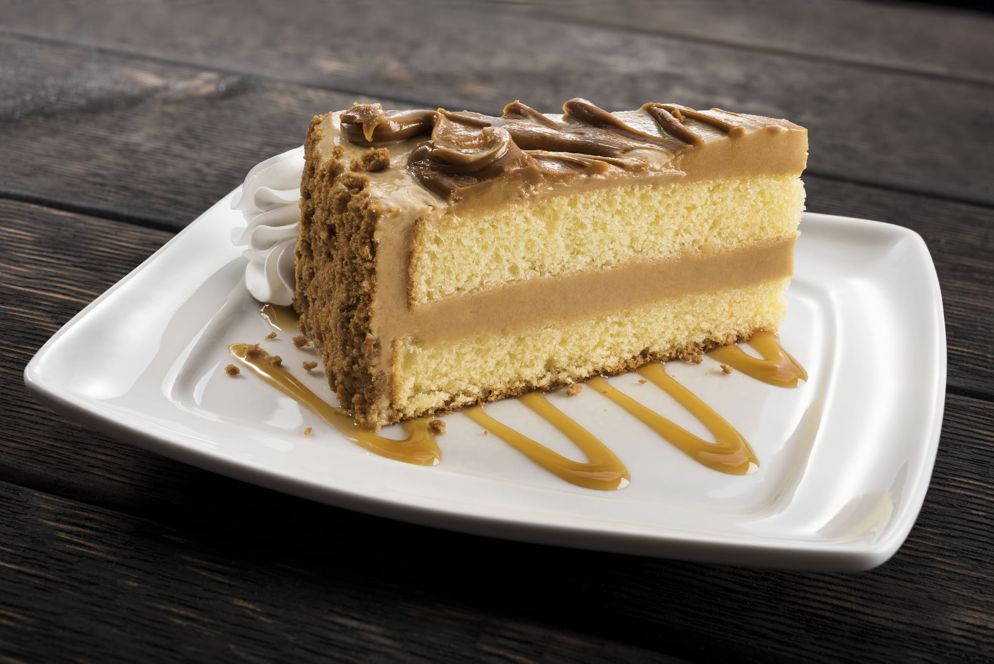 Youu0027re About To Have A New Reason To Go To Olive Garden That Has Nothing To  Do With Pasta: Cookie Butter Cake! The Restaurant Chain Has Announced Its  New ...
