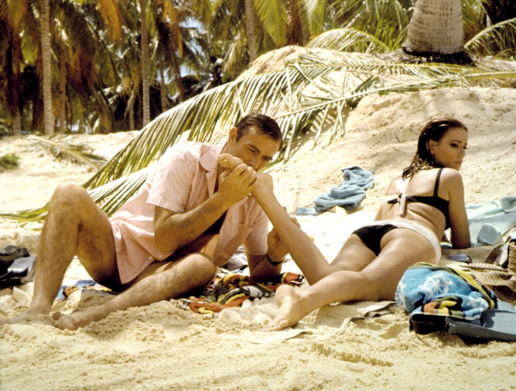 THUNDERBALL, Sean Connery, Claudine Auger, 1965