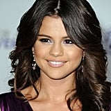 Selena Gomez's Purple Eye Shadow in February 2011