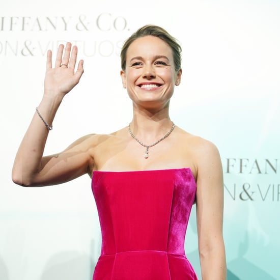 Brie Larson Reaches Personal 1-Arm Pull-Up Goal | Video