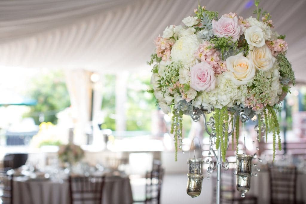 How To Decorate A Glam Wedding Popsugar Home