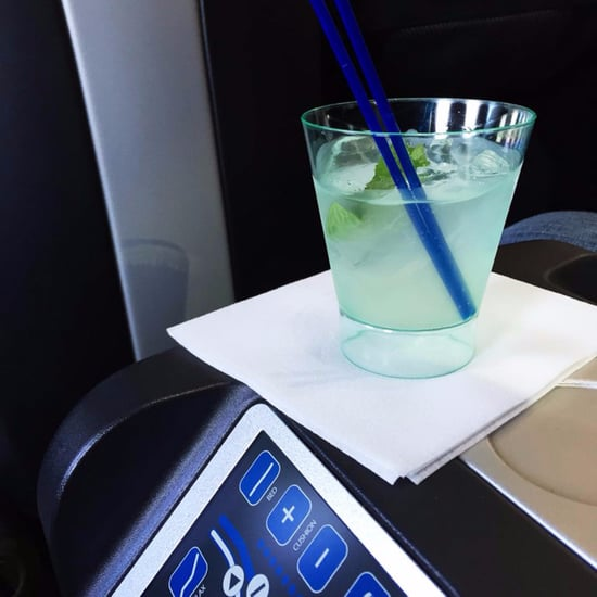 How to Get Free Alcohol on a Flight