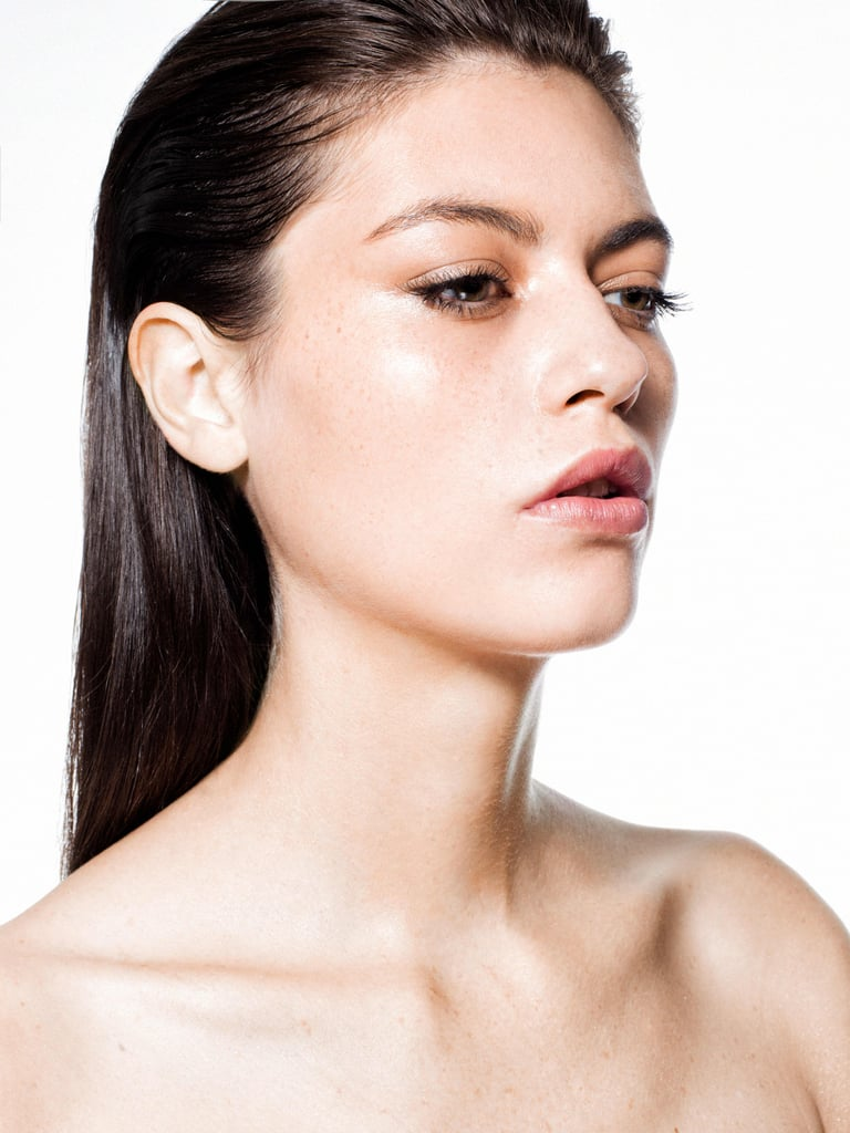 How to Contour With Foundation