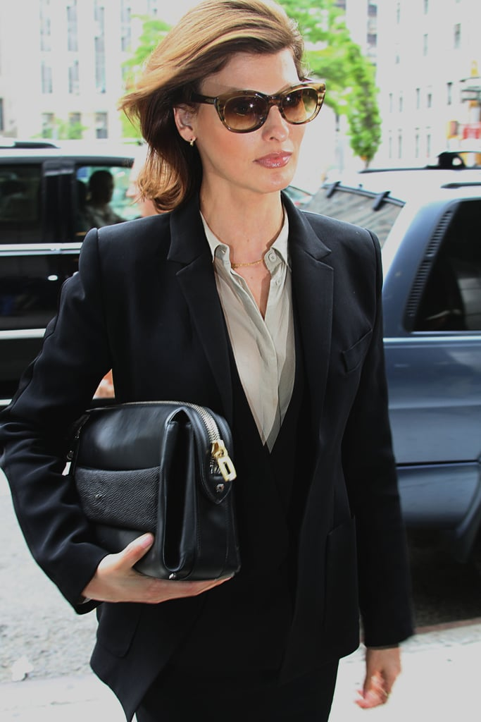 linda evangelista what are the supermodels from the 39 90s. Black Bedroom Furniture Sets. Home Design Ideas