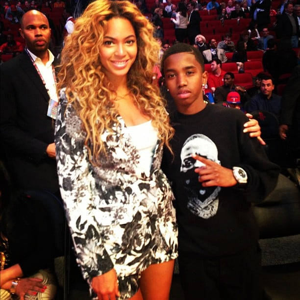 Diddy snapped a photo of his son with Beyoncé at the NBA All-Star game. Source: Twitter user iamdiddy