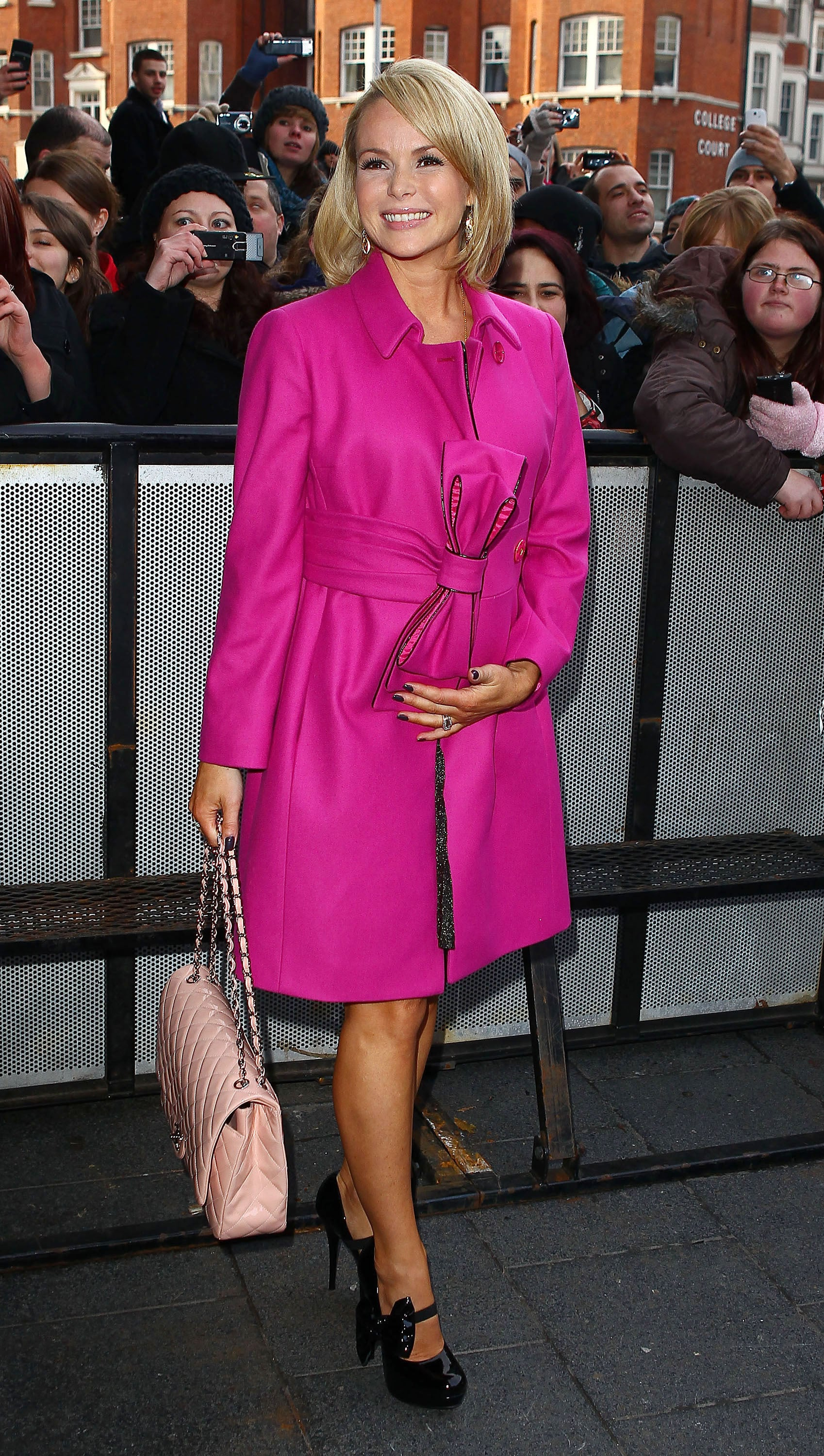Pictures of Pregnant Amanda Holden at Britain\'s Got Talent Auditions ...