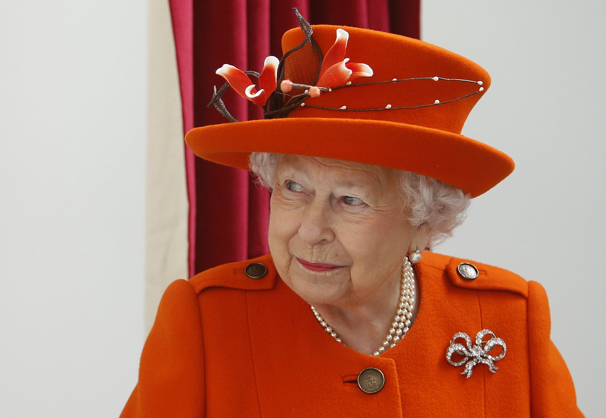 Britain's Queen Elizabeth II visits the Royal Academy of Arts in London on March 20, 2018.The Royal Academy of Arts has completed a major redevelopment of its galleries for the academy's 250th anniversary year. During the course of the visit, Her Majesty will also have an opportunity to view the Royal Academy's current exhibition 'Charles I: King and Collector'. / AFP PHOTO / POOL / Alastair Grant        (Photo credit should read ALASTAIR GRANT/AFP/Getty Images)