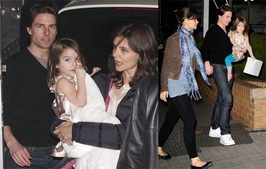 Photos of Tom Cruise, Katie Holmes, Suri Cruise in Australia