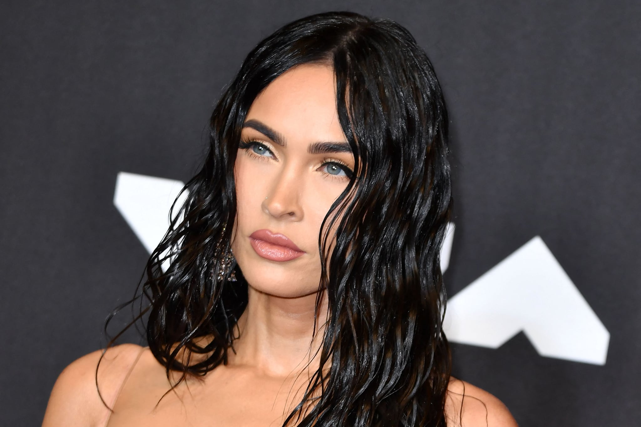 US actress Megan Fox arrives for the 2021 MTV Video Music Awards at Barclays Center in Brooklyn, New York, September 12, 2021. (Photo by ANGELA  WEISS / AFP) (Photo by ANGELA  WEISS/AFP via Getty Images)