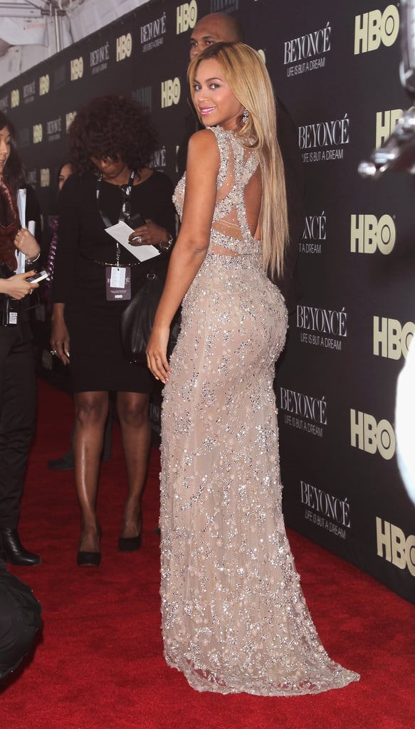 Pictures of beyonce dress on the red carpet