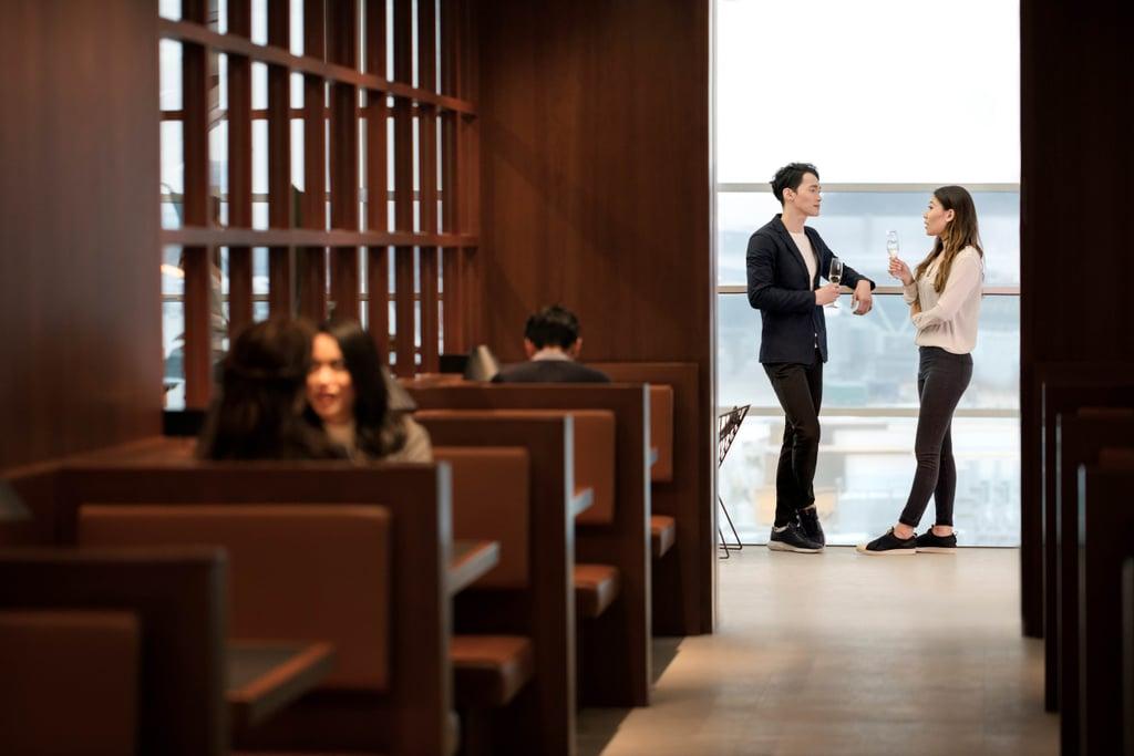 Cathay Pacific Hong Kong Lounge