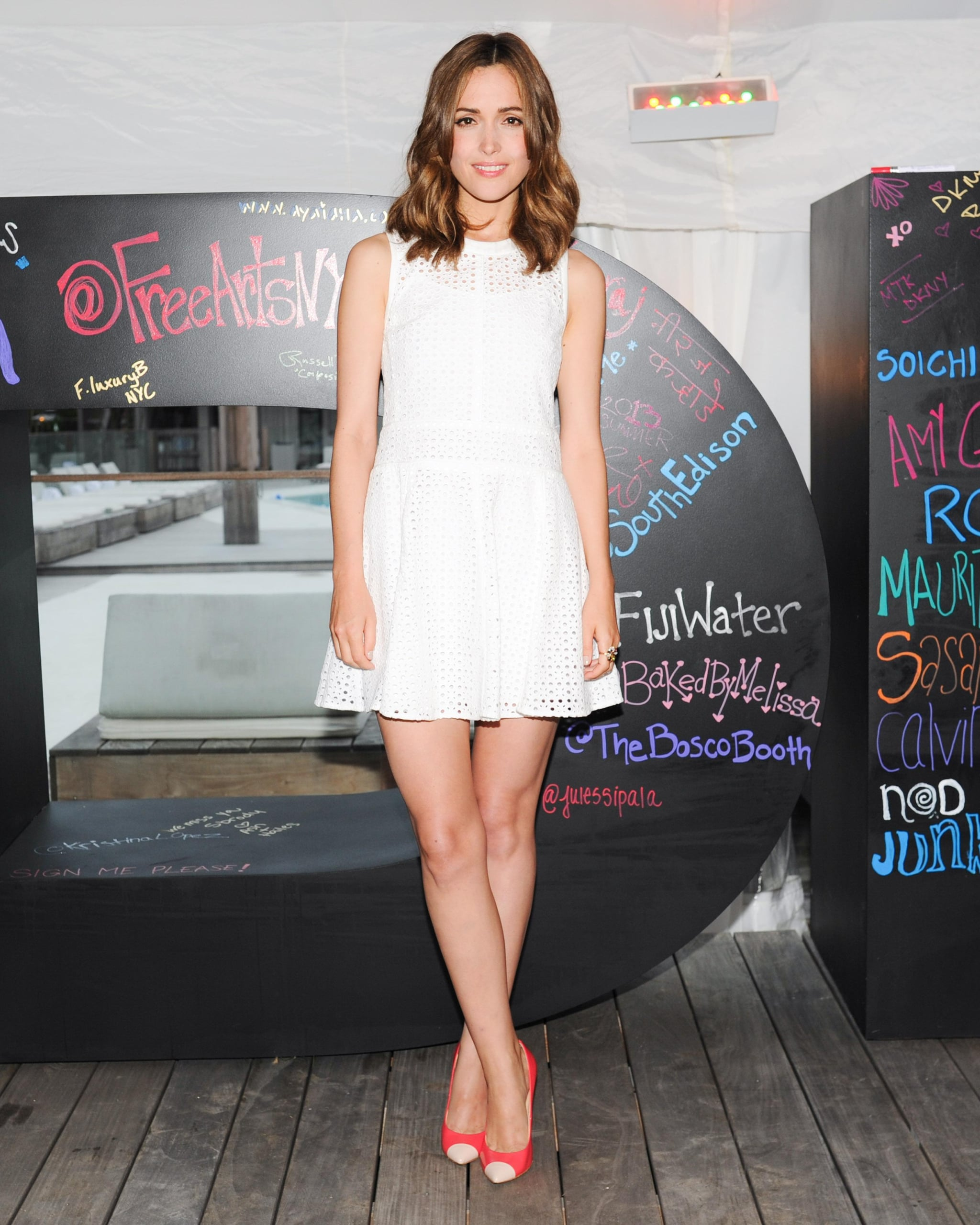 Life was a beach for Rose Byrne at the #DKNYARTWORKS and Free Arts NYC Charity Auction in Montauk.