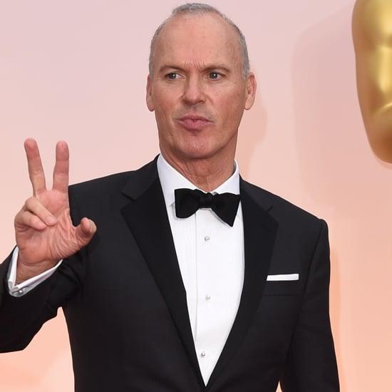 Michael Keaton Putting His Speech Away at the 2015 Oscars