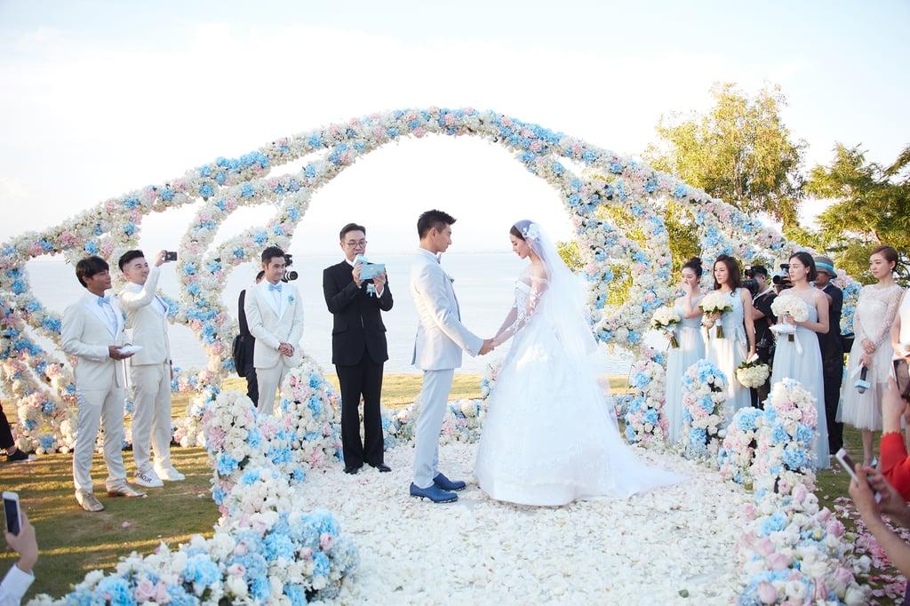 Liu Shishi's Carven Wedding Dress