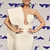 """Katy Perry Is the """"Hostess With the Mostest"""" at the MTV VMAs"""