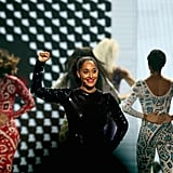 Tracee Ellis Ross Performing at the 2018 AMAs Video