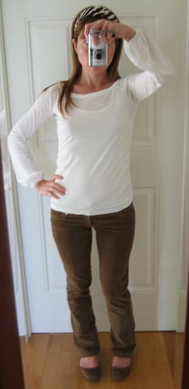 Look of The Day: Pretty Darn Cute for Running Errands!