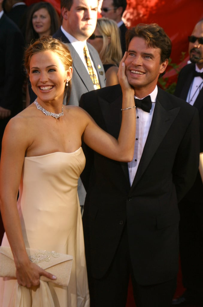 Jennifer Garner and Scott Foley at the 2002 Emmy Awards