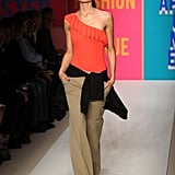 2011 Spring New York Fashion Week: DKNY