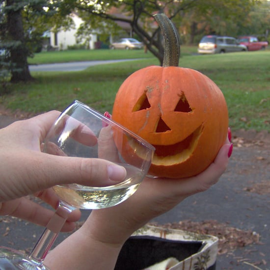 What Kind of Drink Parents Should Have on Halloween Night