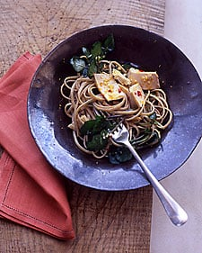Fast & Easy Dinner: Linguine and Tuna with Spicy Orange Sauce