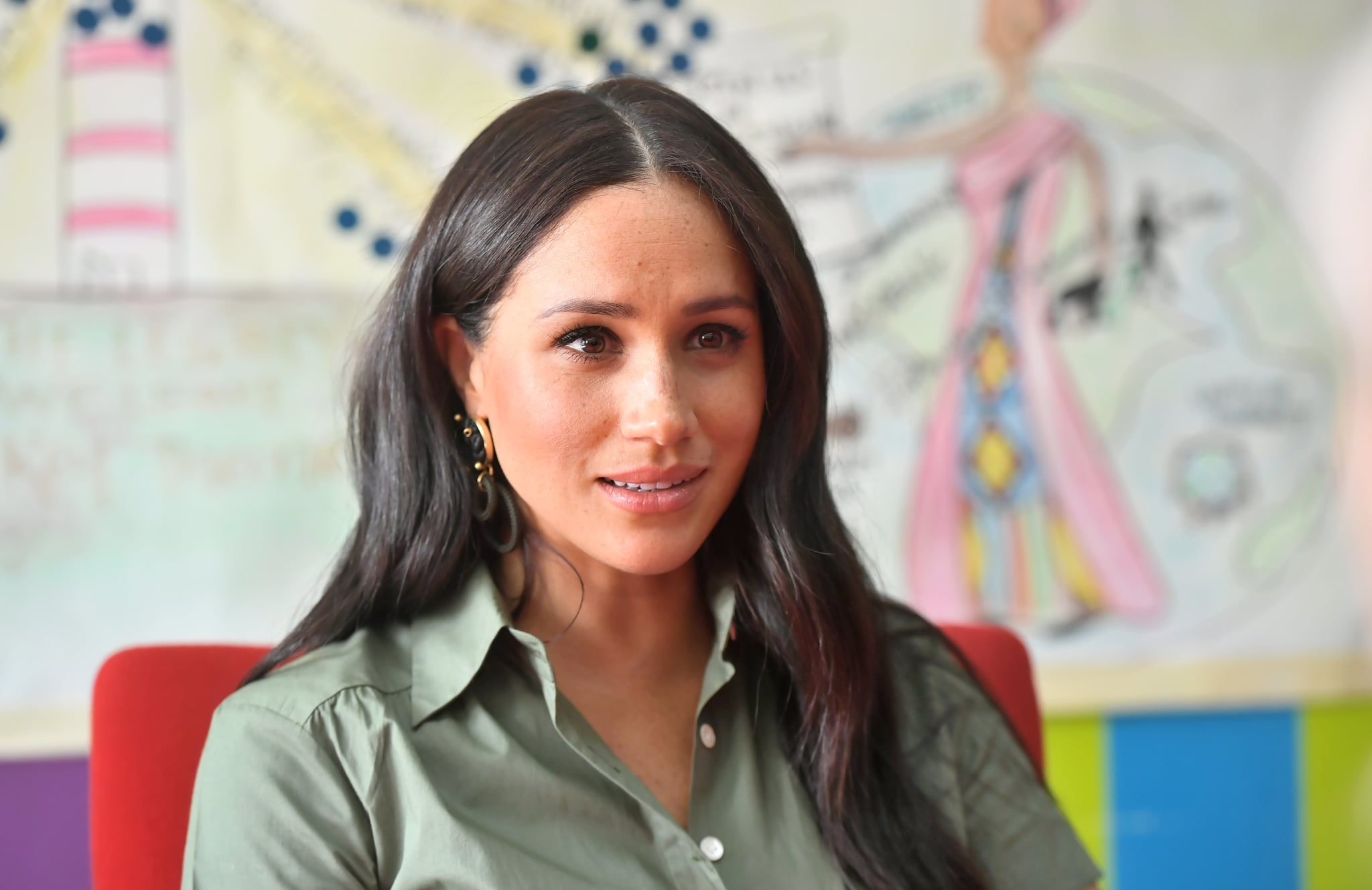 JOHANNESBURG, SOUTH AFRICA - OCTOBER 01: Meghan, Duchess of Sussex joins a conversation to discuss the nature of violence against women and girls while she visits ActionAid during the royal tour of South Africa on October 01, 2019 in Johannesburg, South Africa.  (Photo by Samir Hussein/WireImage)