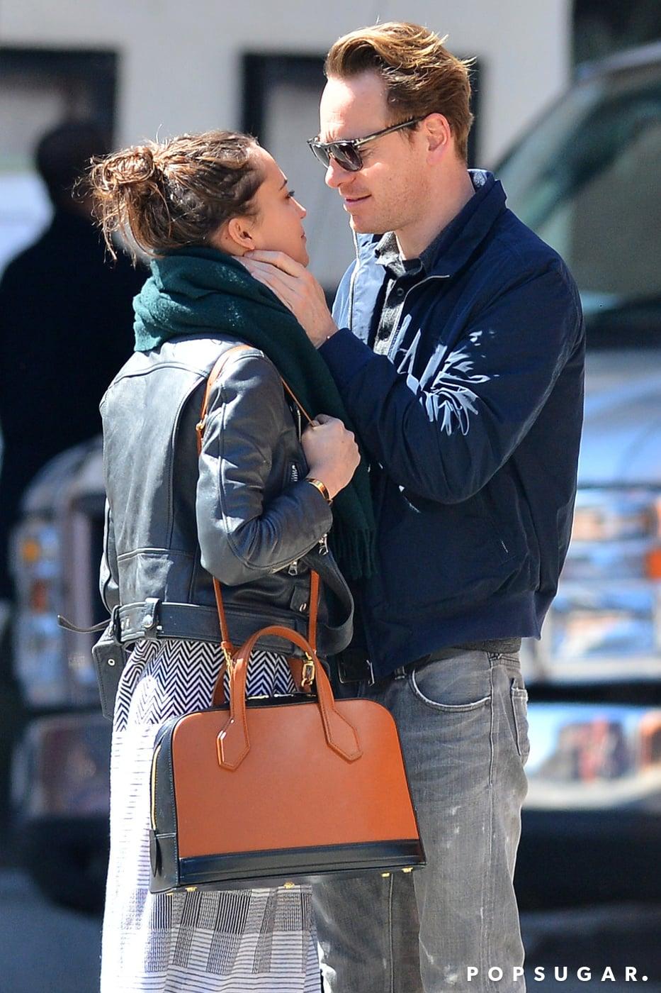 Michael Fassbender And Alicia Vikander Kissing In Nyc Popsugar Celebrity