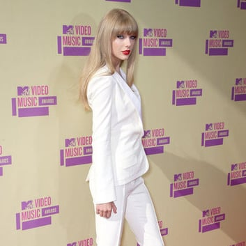 Taylor Swift In A White Suit At MTV VMAs