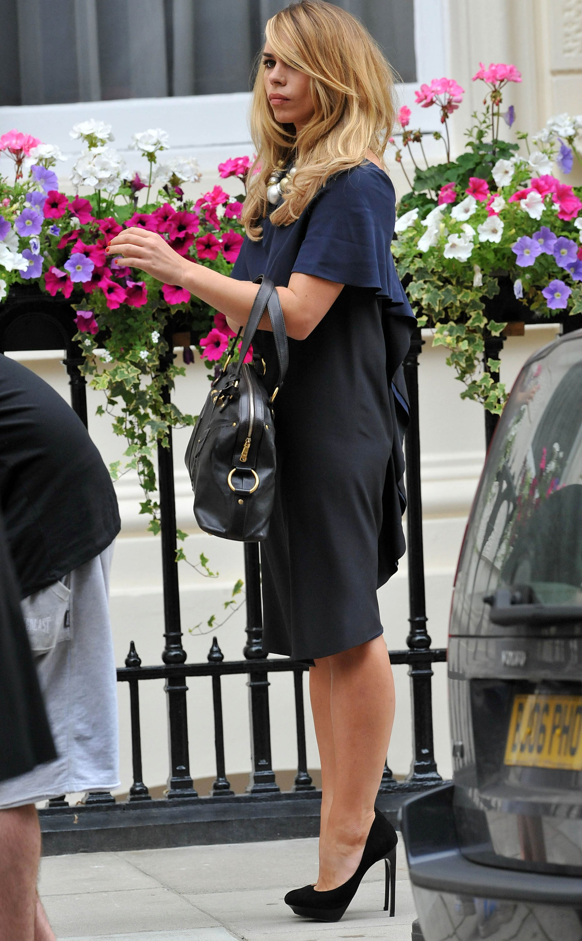 Pictures Of Billie Piper Filming Secret Diary Of A Call -2425