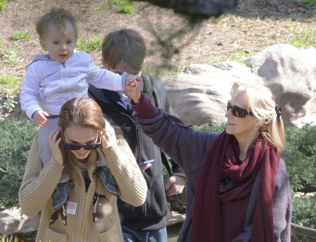 Natalie Portman put her son, Aleph, on her shoulders.