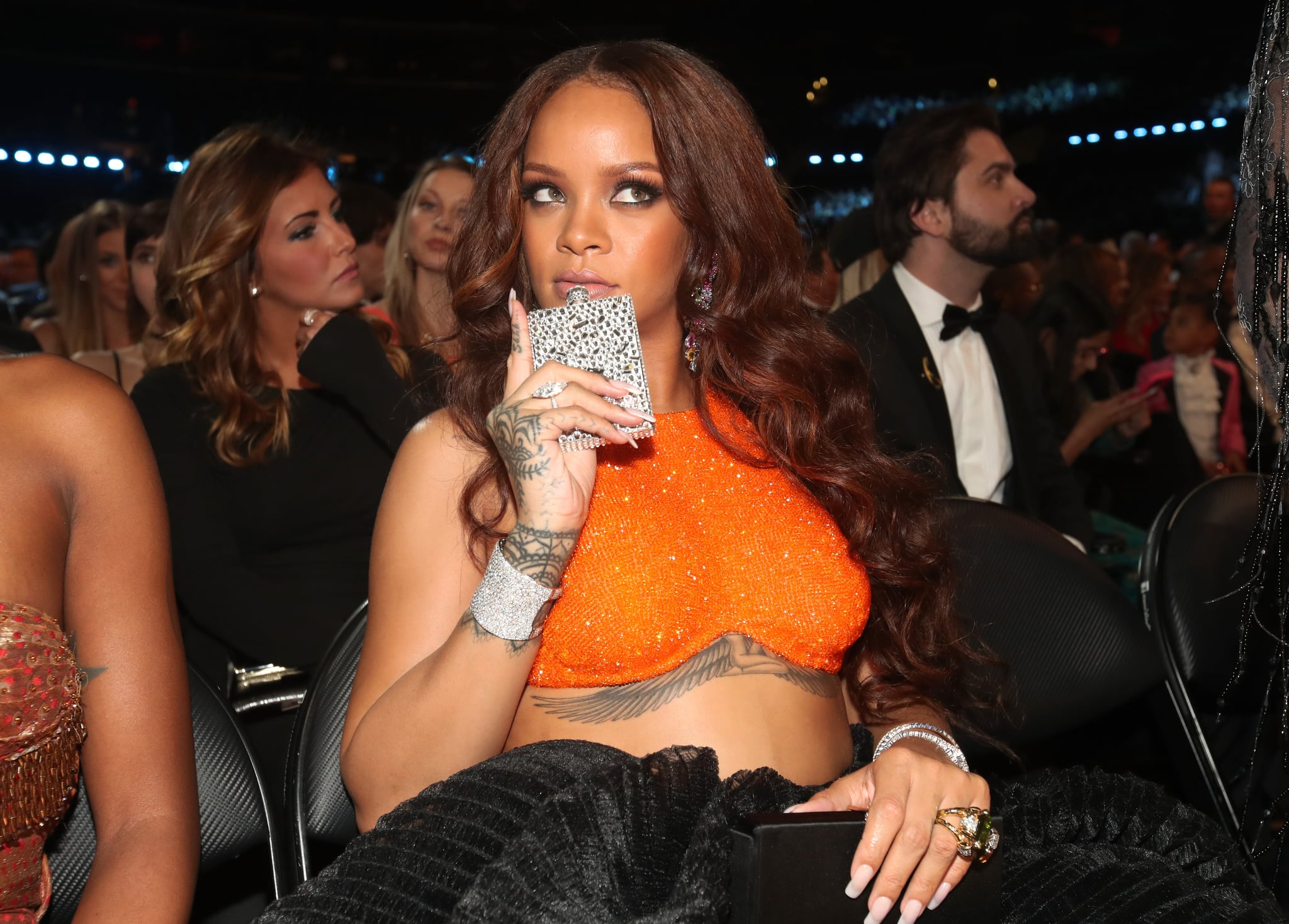 Rihanna dating a girl