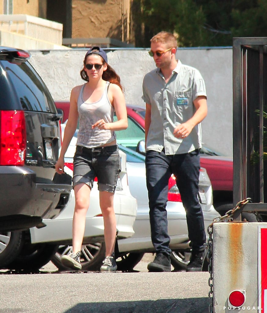 Kristen Stewart and Robert Pattinson arrived for lunch at En Sushi.
