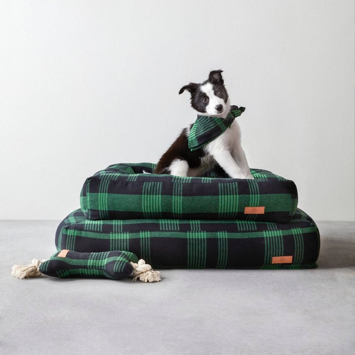 hearth hand with magnolia plaid pet bed joanna gaines target collection popsugar moms photo 20. Black Bedroom Furniture Sets. Home Design Ideas