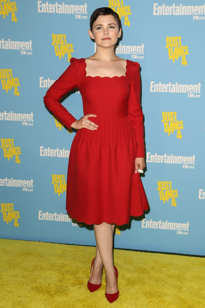 We're loving the scalloped details on Ginnifer Goodwin's apple red Valentino dress.