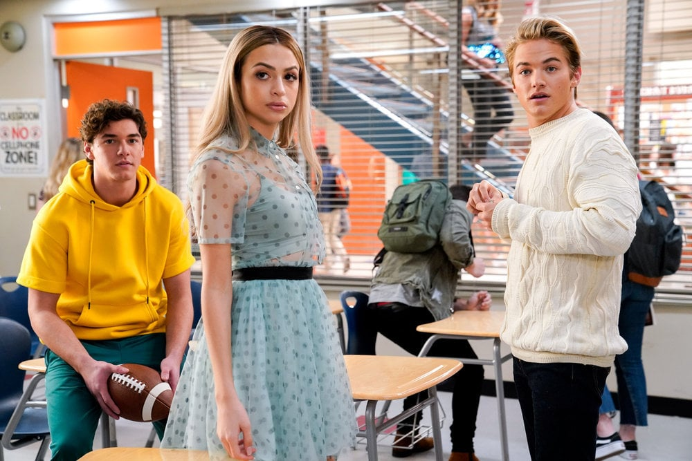 The Saved by the Bell Reboot touches on important gender issues.