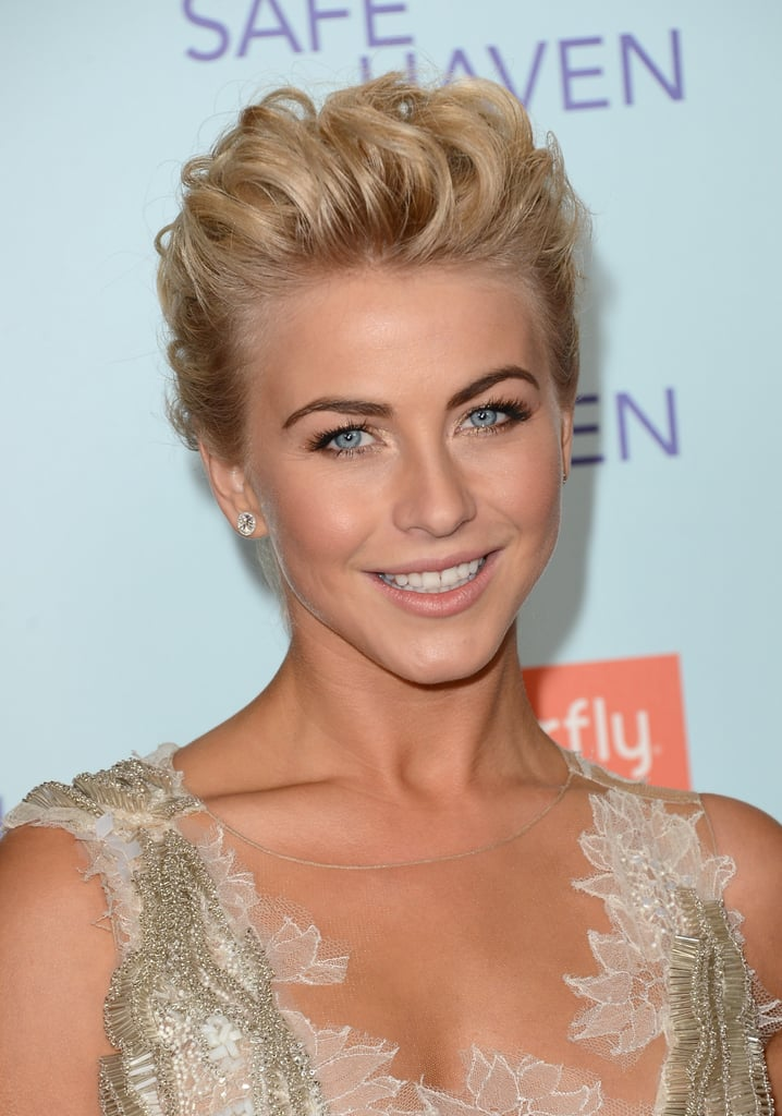For The Big La Premiere Of Safe Haven Julianne Wore Her
