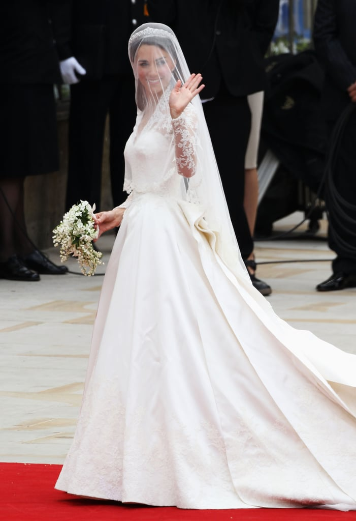 Her Wedding Dress Designer Signed a Confidentiality Agreement | Kate ...