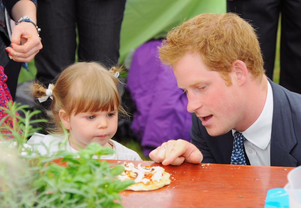 When He Debated the Best Pizza Toppings With a Little Girl in Suffolk