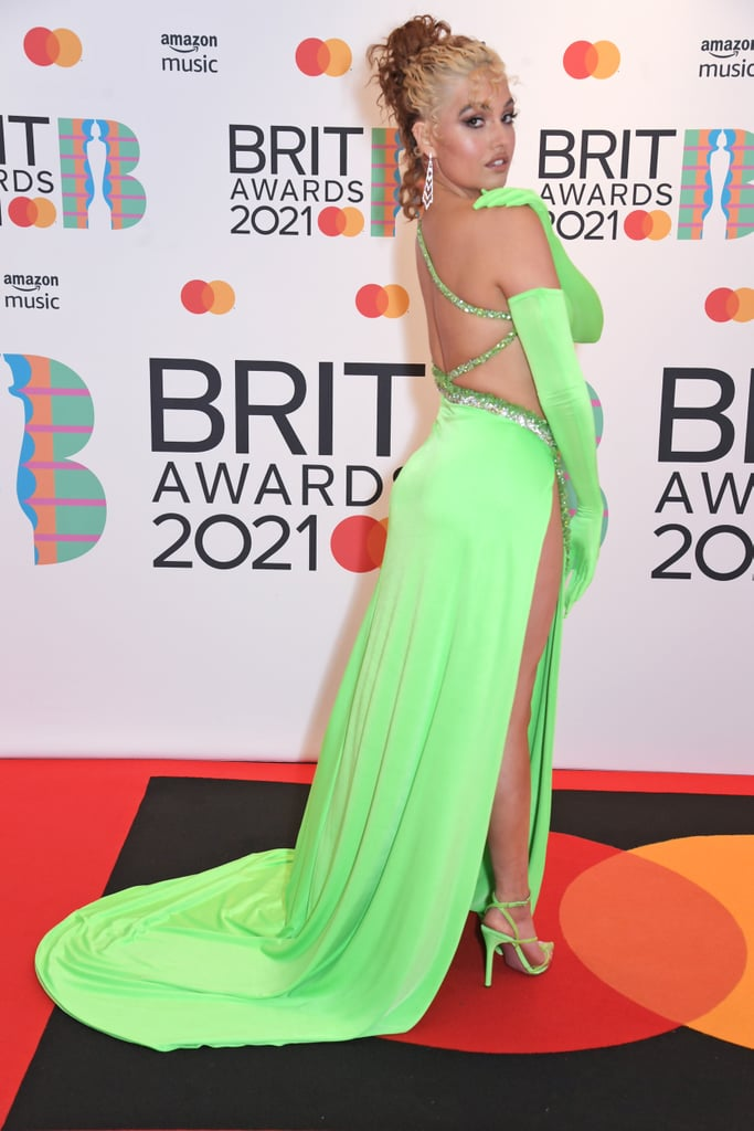Opera Gloves Were a Big Fashion Trend at the 2021 BRITs