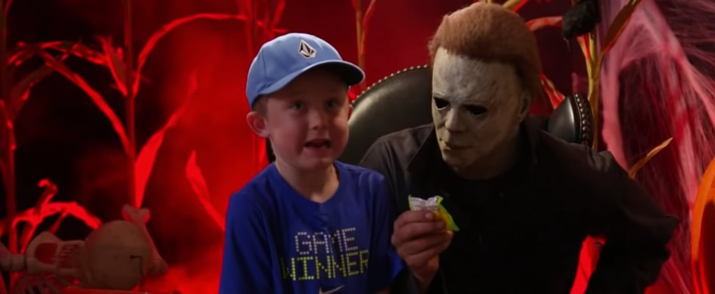 Jimmy Kimmel Has Kids Take Photo With Michael Myers