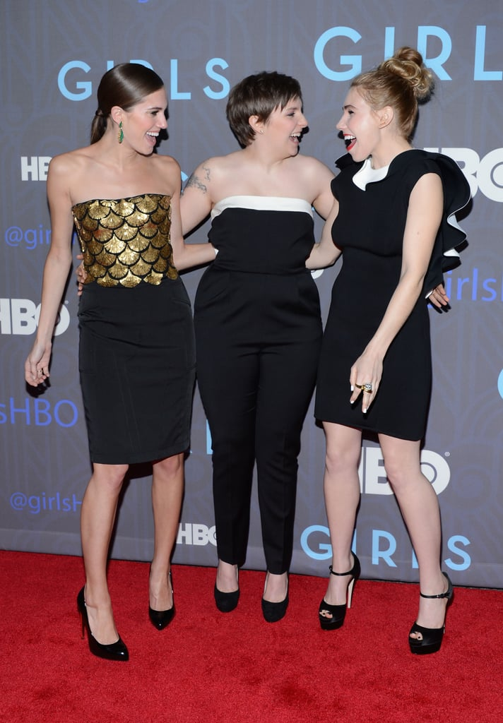 Ah, we love this! Allison Williams, Lena Dunham, and Zosia Mamet catch up on the red carpet at the Girls season two premiere.