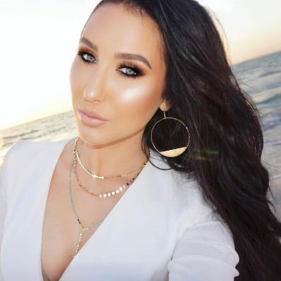 Jaclyn Hill Hints at Lip Product Launch
