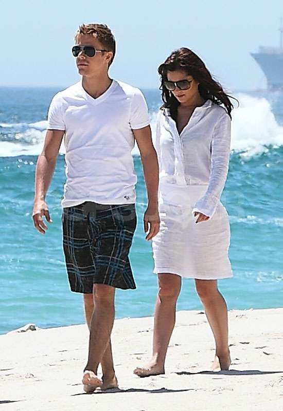 Pictures of Cheryl Cole and Derek Hough on a Romantic Beach Holiday in South Africa Over New Year's