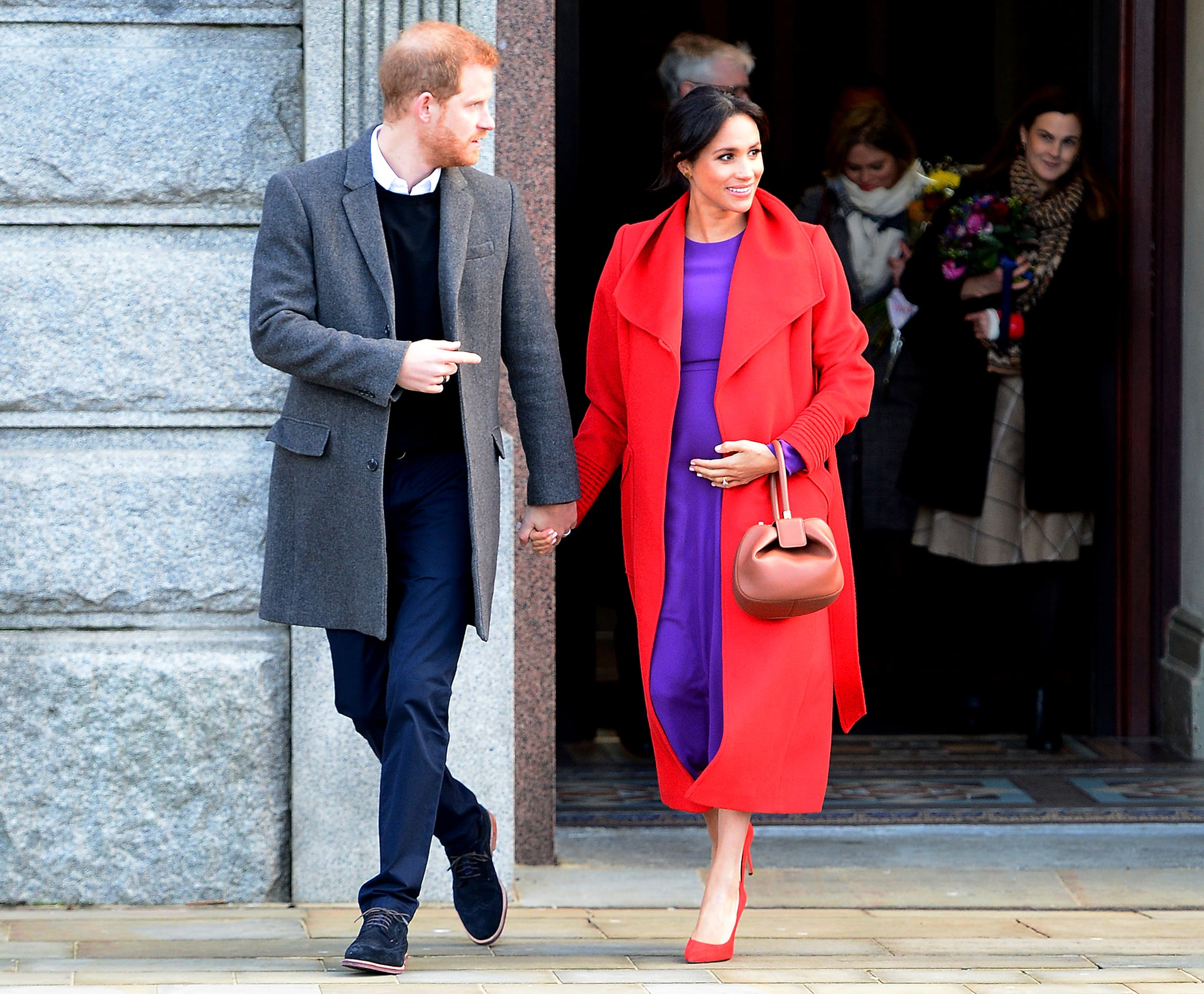 BIRKENHEAD, ENGLAND - JANUARY 14:  The Duke and Duchess Of Sussex depart from Birkenhead Town Hall on January 14, 2019 in Birkenhead, England. (Photo by Richard Martin-Roberts/Getty Images)