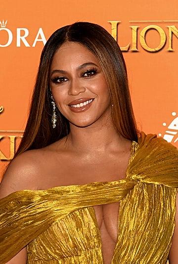 Beyoncé's Gold Makeup Look at The Lion King