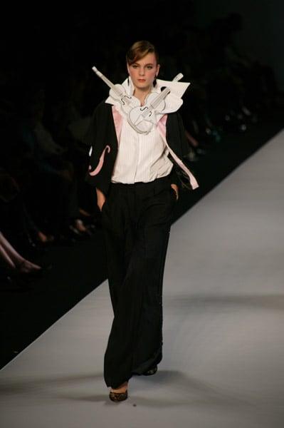 Paris Fashion Week, Spring 2008: Viktor & Rolf